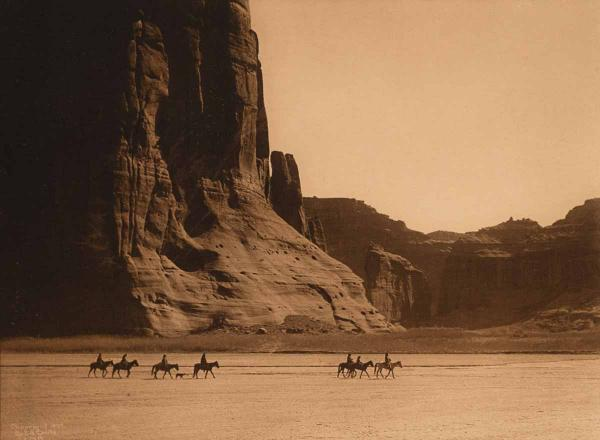 Canyon de Chelly by Edward Curtis,1904.