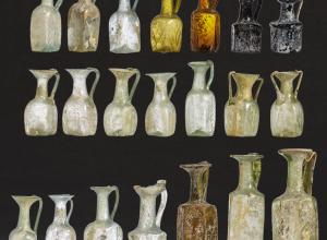 Collection 21 Late Roman and Early Byzantine Glass Vessels, Eastern Mediterranean Region. Starting Price € 15,000. Courtesy of Hermann Historica..