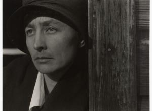 Alfred Stieglitz photograph portrait of Georgia O'Keeffe in a hat