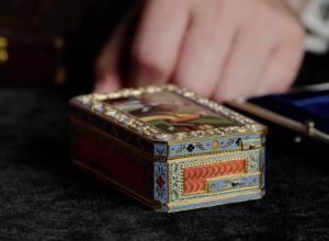 Magic Decorative Snuff Box Exterior