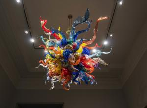 Dale Chihuly glass sculpture of organic forms in primary colors