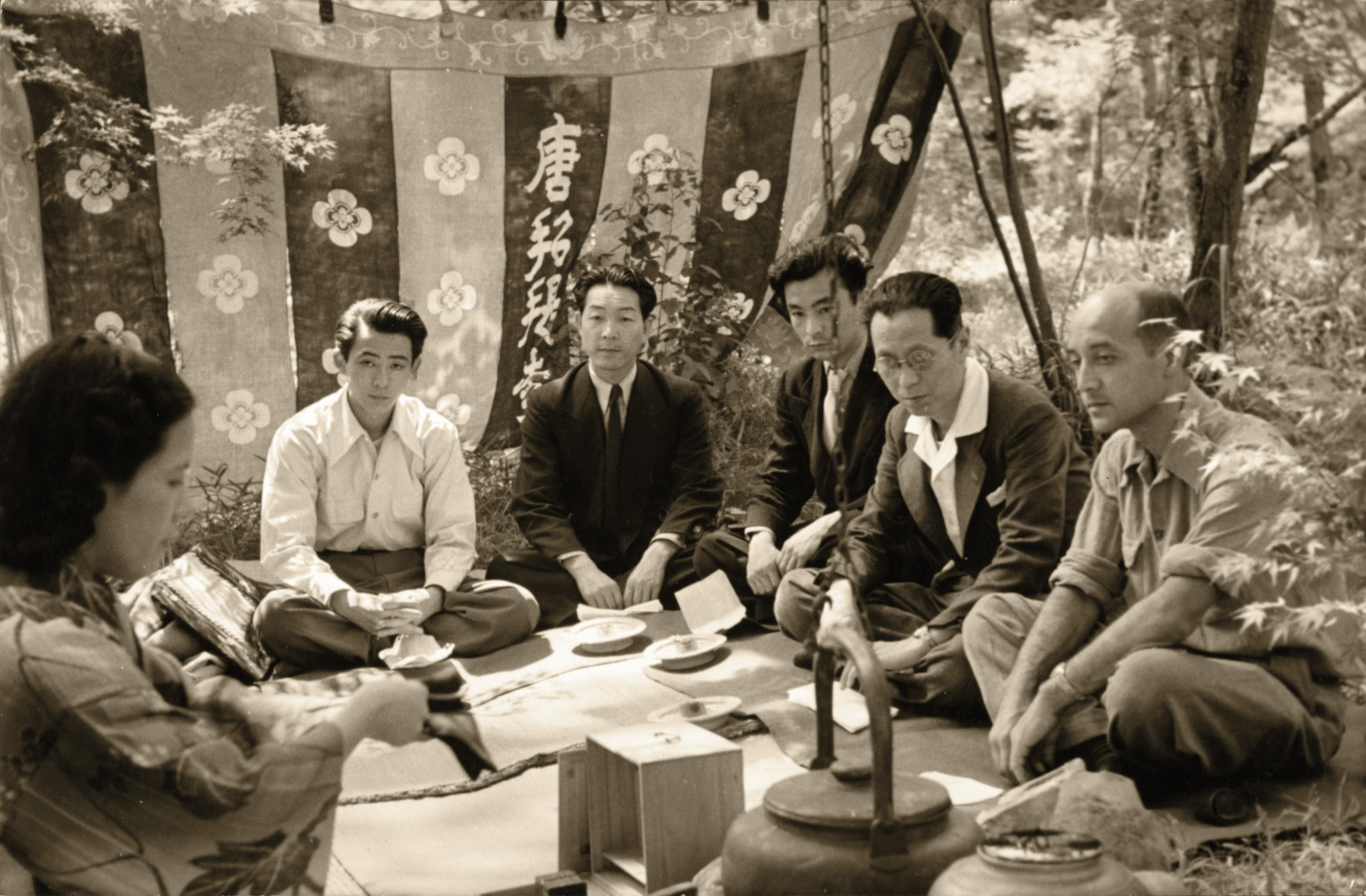 Isamu Noguchi in Nara with Saboro Hasegawa, Michio Noguchi, and other friends on his 1950 trip to Japan.