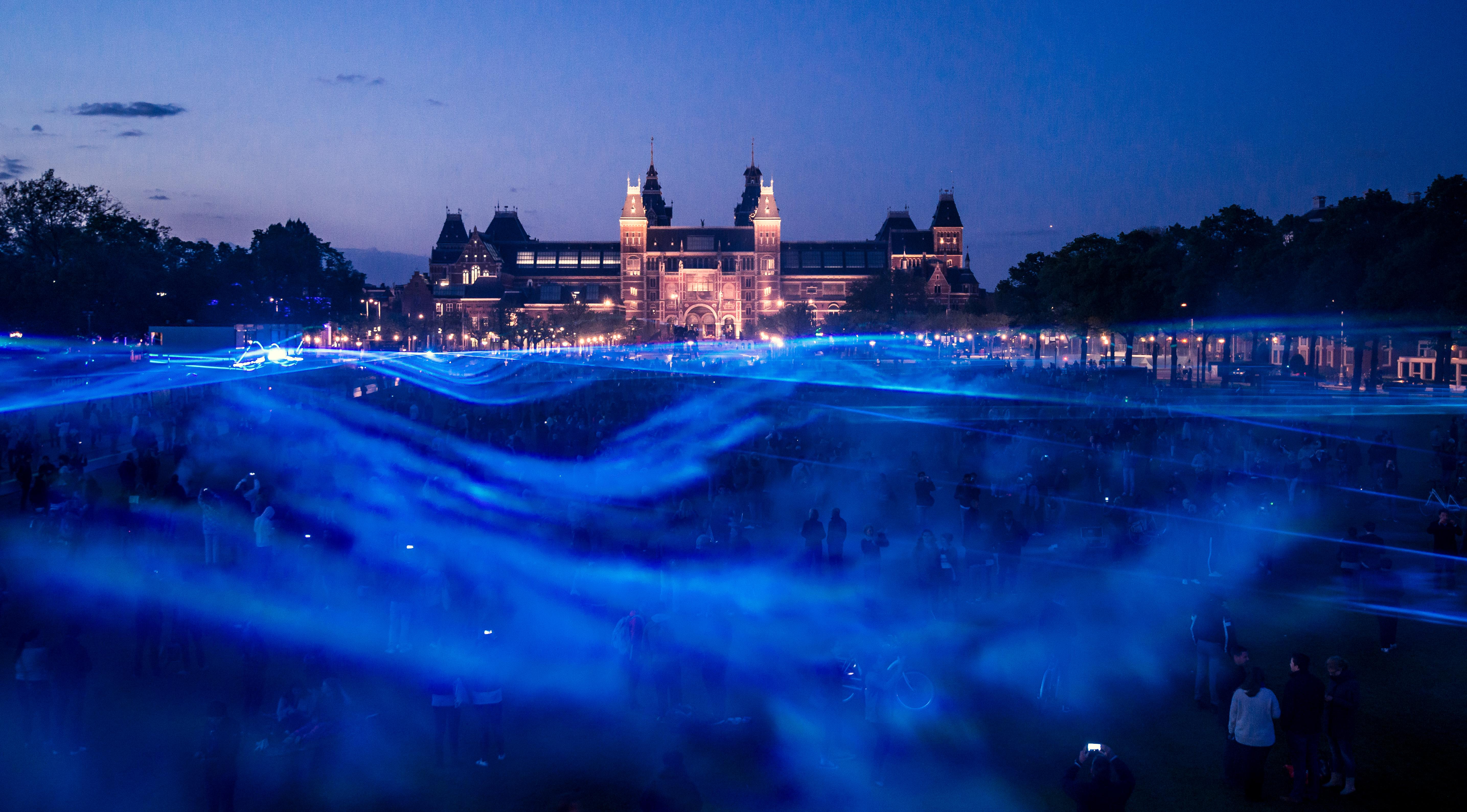 Waterlicht, 2015–present, LEDs, software, lenses, humidity, installation view at Museumplein, Amsterdam, 2015. Artwork © Daan Roosegaarde
