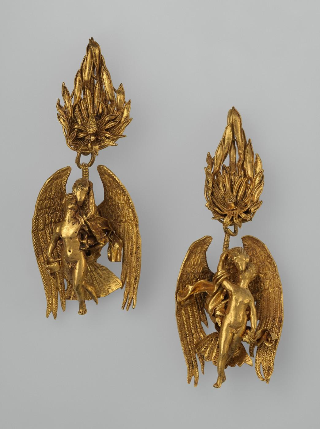 Pair of gold earrings with Ganymede and the eagle.
