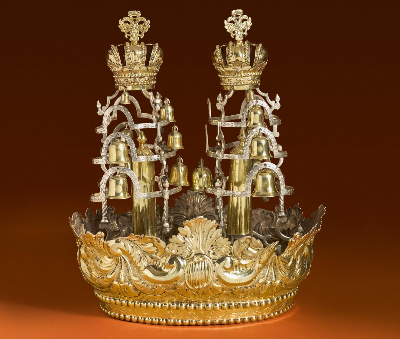 A Rare and Large Hungarian Parcel-Gilt Silver Set of Torah Crown and Pair Of Finials
