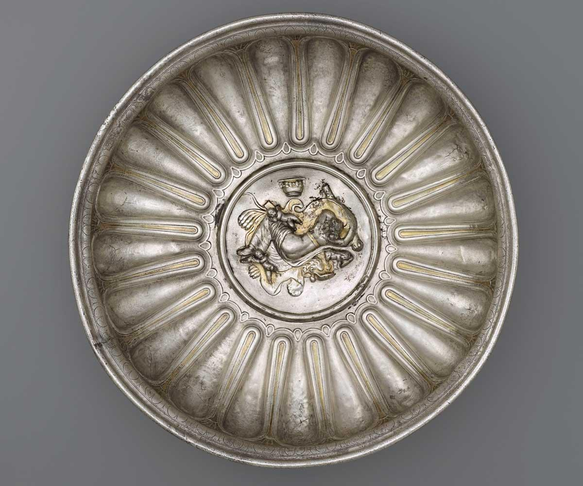 Bowl with a Medallion Depicting Omphale