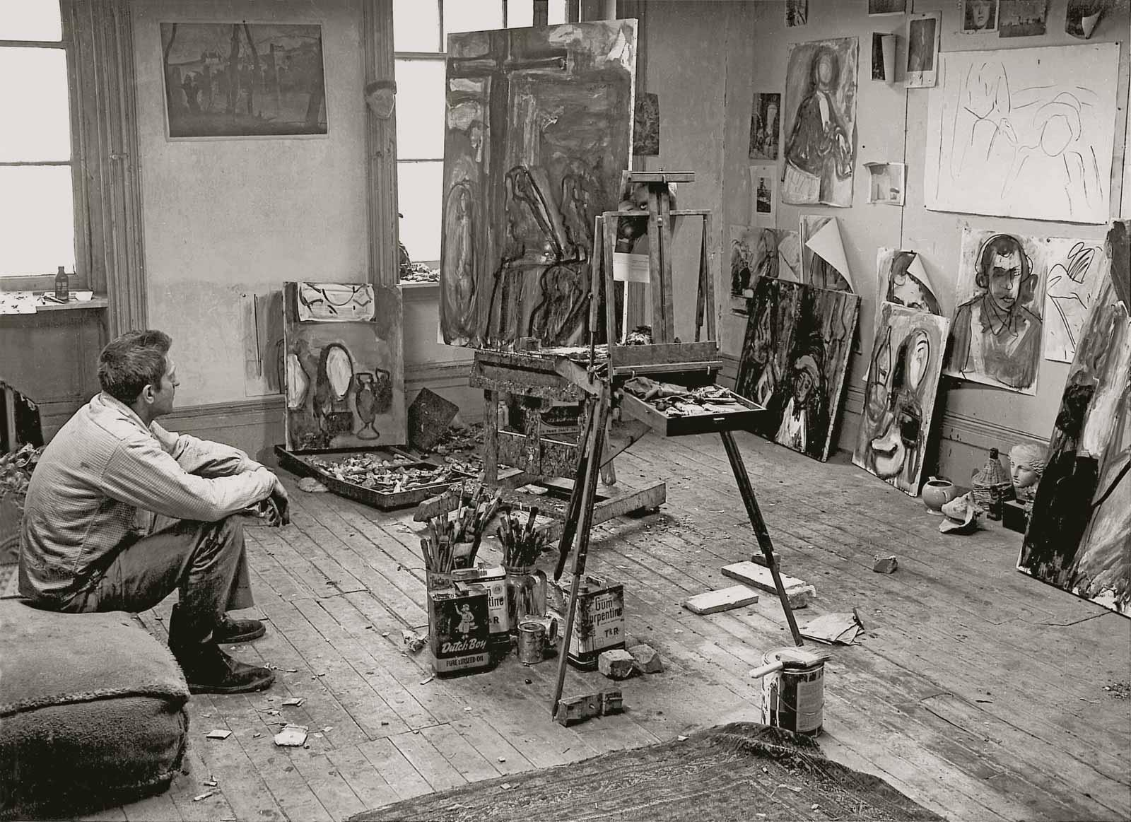 Robert de Niro, Sr. in his studio, 1958.