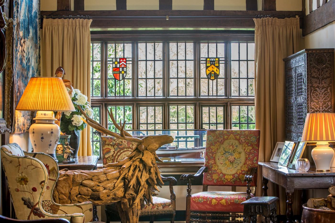 Admirable Eclectic Contents Of 13Th Century Estate To Be Auctioned Uwap Interior Chair Design Uwaporg