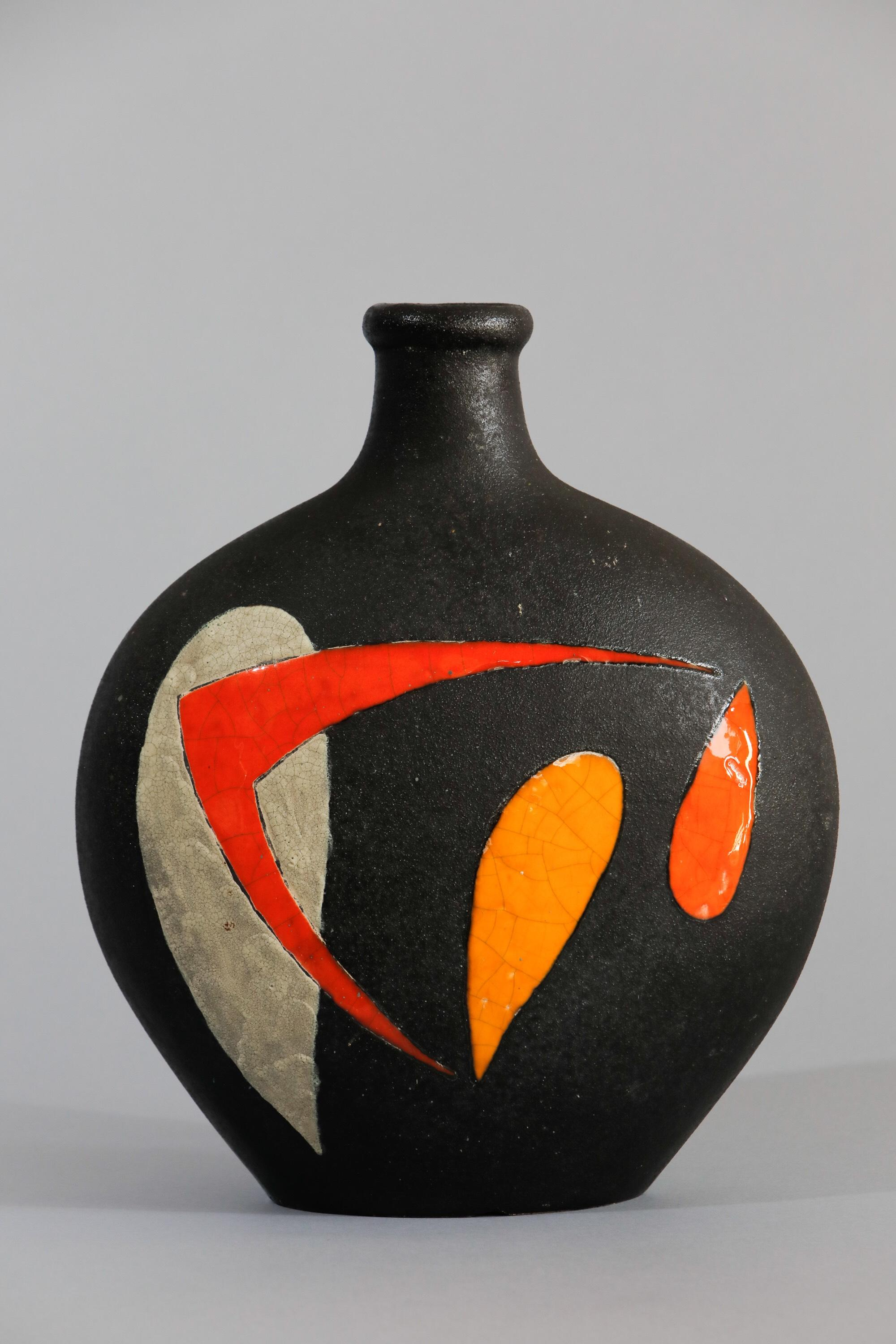 Gilbert Valentia, Large ceramic vase with abstract design, c. 1960