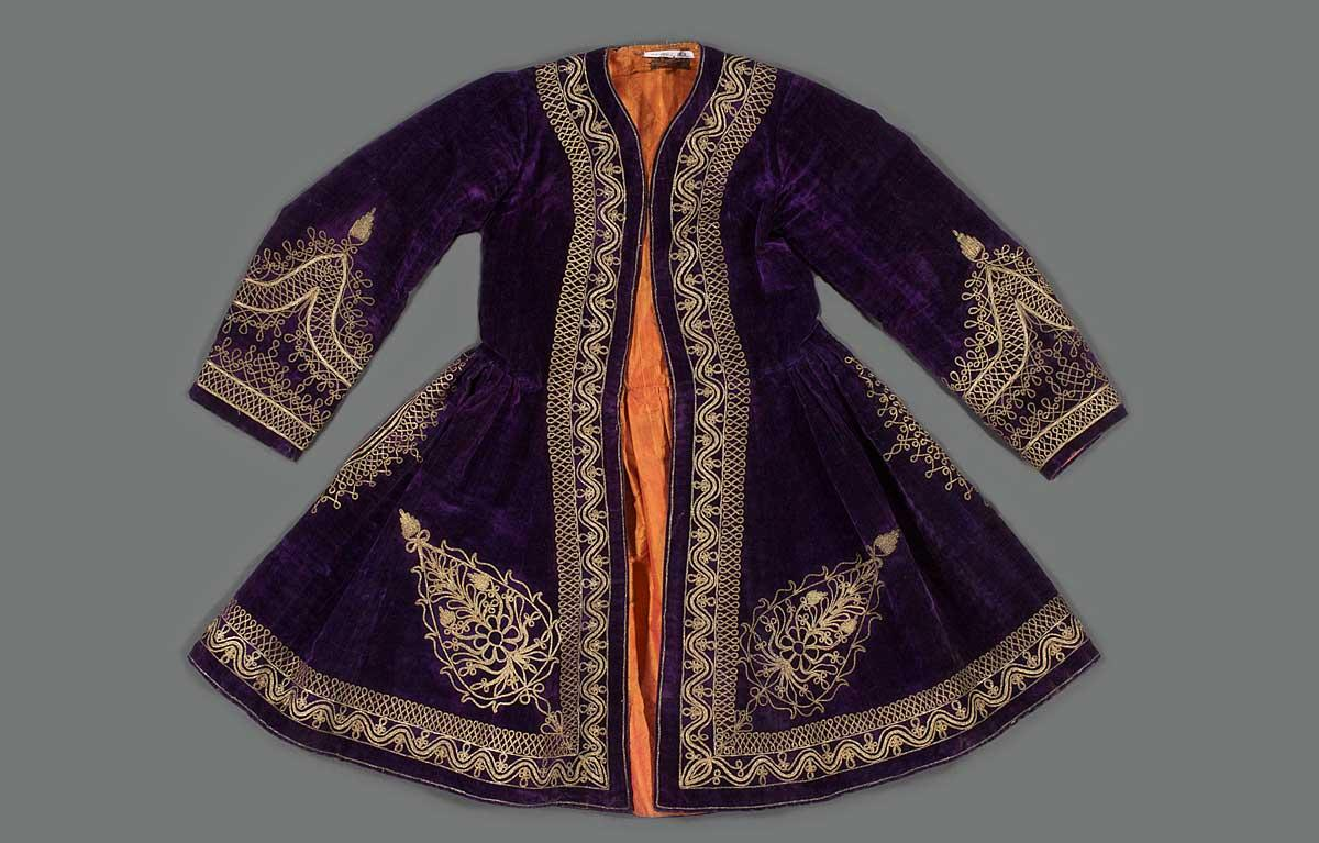 Coat, mid-19th century. Syria. Silk, with metallic thread embroidery.