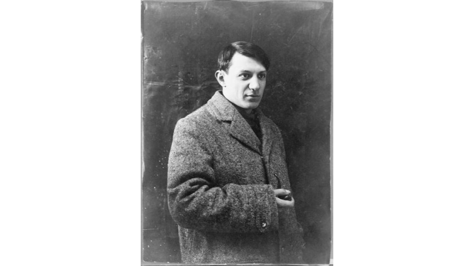 Portrait photograph of Pablo Picasso, 1908