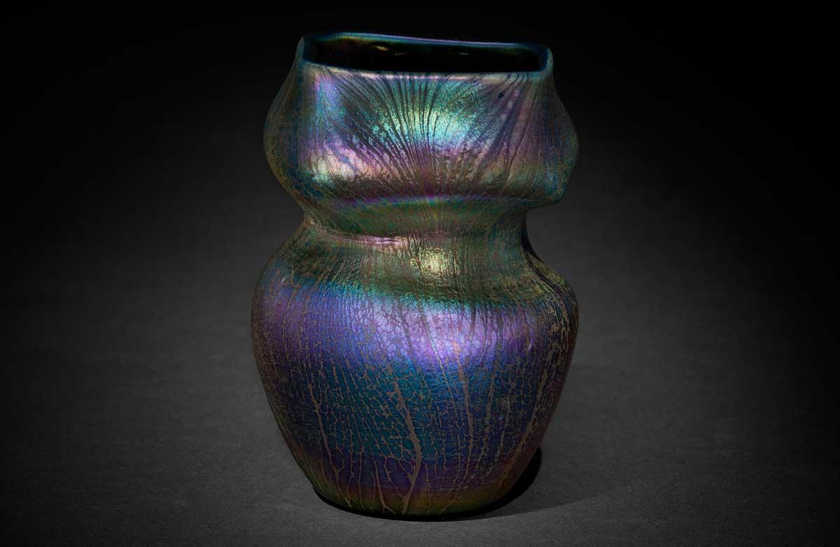 Tiffany Glass and Decorating Company, Vase