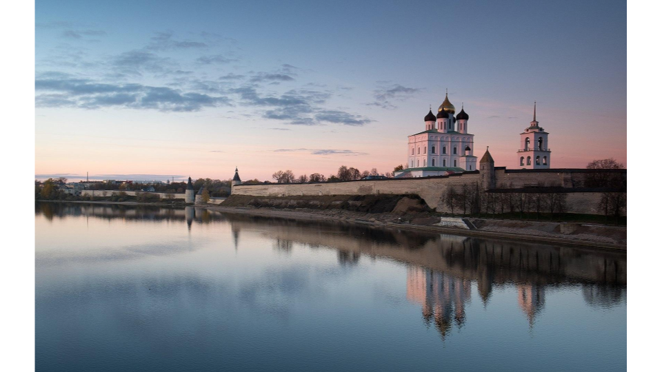 Pskov Krom, view from the Velikaya River
