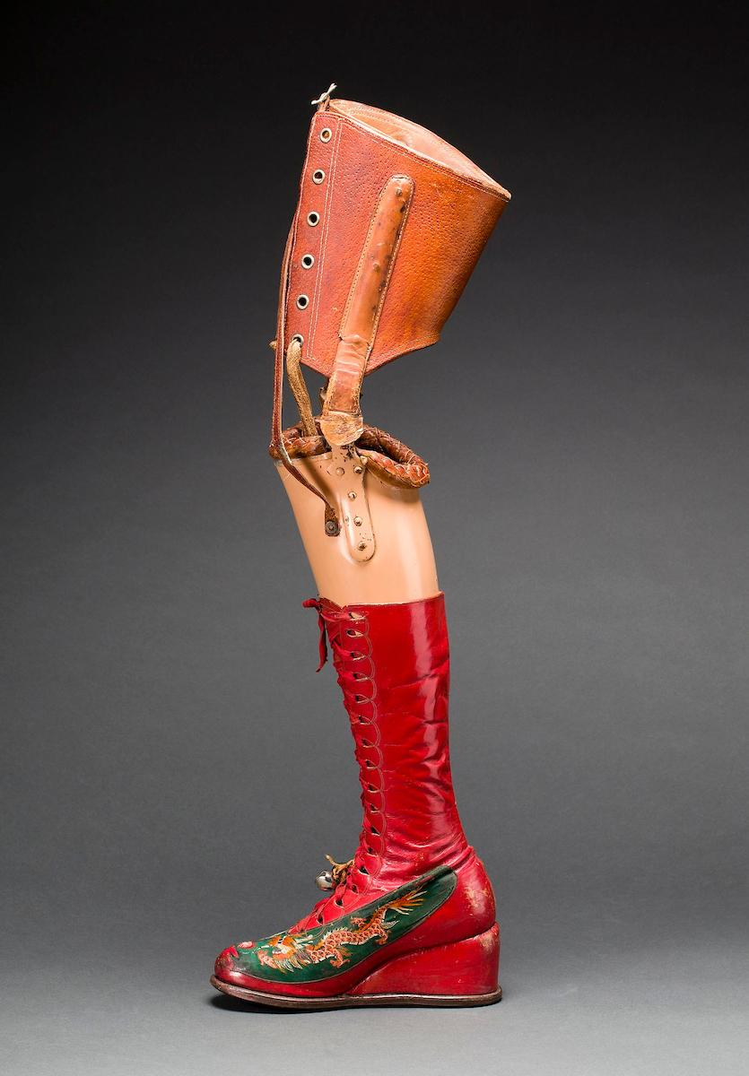 Prosthetic leg with leather boot. Museo Frida Kahlo.