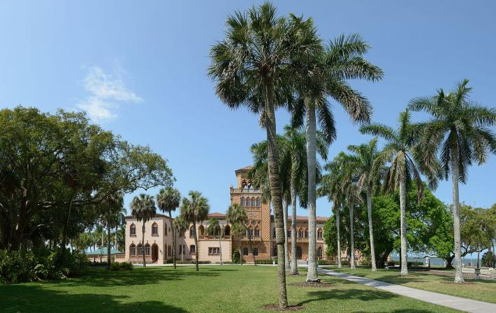 Ringling Museum of Art facade with palm trees